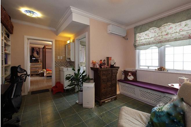 58平米装修效果图(卧室)-58平米简约小户型大变身 阳台成清新小花园