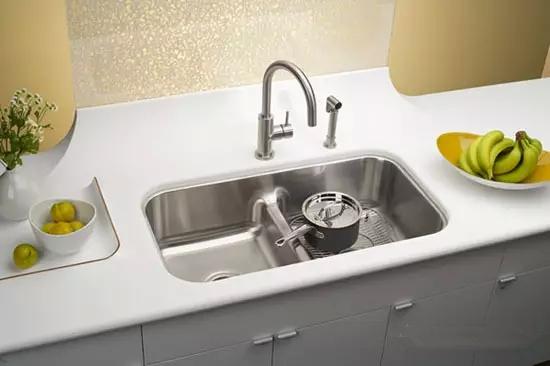 厨房水槽这样装,用起来更方便